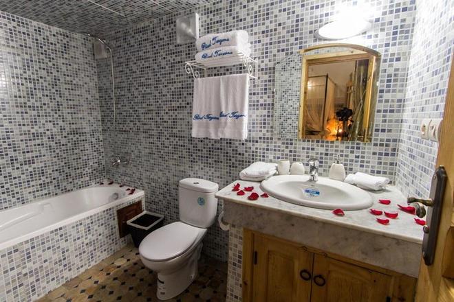 里亚德塔尔耶纳旅馆 - 非斯 - 浴室