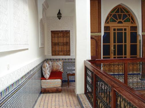 里亚德塔亚娜酒店 - 非斯 - 阳台