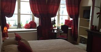 克昂艾姆皮耶尔住宿加早餐酒店 - 布鲁日 - 睡房