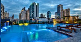 曼谷丽笙世嘉酒店 - 曼谷 - 游泳池