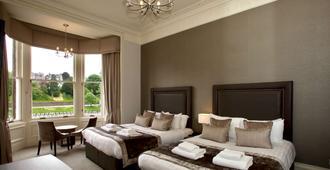 贝斯特韦斯特因弗内斯宫酒店&spa - 因弗内斯 - 睡房