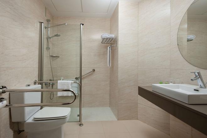 新罕布什尔州阿维尼达赫雷斯酒店 - 赫雷斯-德拉弗龙特拉 - 浴室
