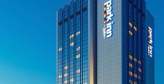 基辅特罗伊茨克丽柏酒店 - 基辅 - 建筑