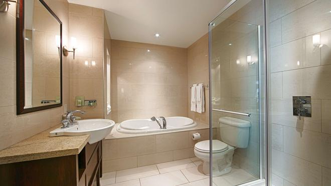 贝斯特韦斯特普雷米尔贵族酒店 - 魁北克市 - 浴室