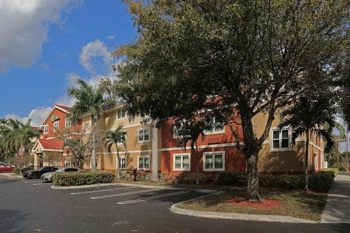 西棕榈滩-北角企业园美国长住酒店 - 西棕榈滩 - 建筑
