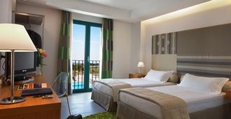 太阳山丘酒店 - 拉古萨 - 睡房