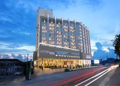 巴淡阿斯顿住宅酒店 - 巴淡岛 - 建筑