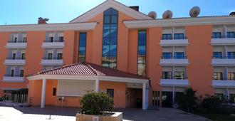 里维埃拉酒店 - 里斯本