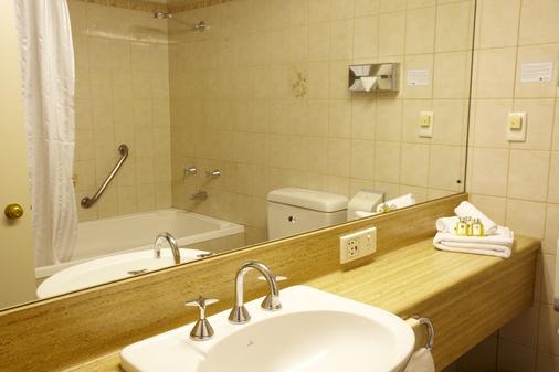 阿德莱德艾美公寓式酒店 - 阿德莱德 - 浴室