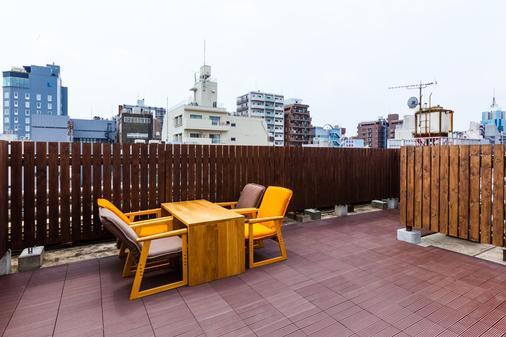 恩纳卡浅草中央青年旅舍 - 东京 - 阳台