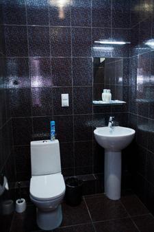 帕罗勒酒店 - 伏尔加格勒 - 浴室