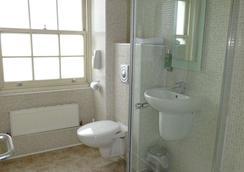 伦敦美洲大酒店 - 伦敦 - 浴室