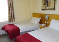 伦敦美洲大酒店 - 伦敦 - 睡房