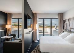 巴斯蒂亚比古里亚美居酒店 - 比古里亚 - 睡房