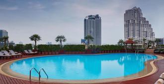 是隆中央酒店 - 曼谷 - 游泳池