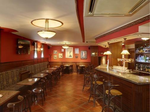 圣文森特雅客酒店 - 阿维拉 - 酒吧