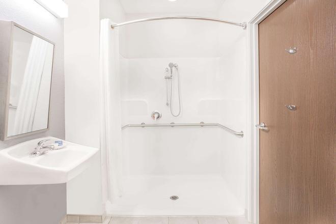 圣安吉洛麦克罗特套房酒店 - 圣安吉洛 - 浴室