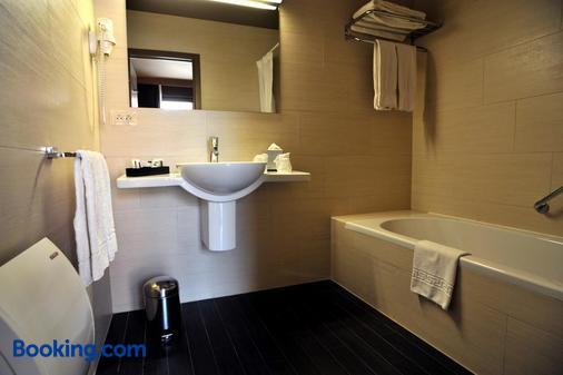 佛兰德斯酒店 - 布鲁日 - 浴室