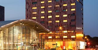 皇冠假日厄拉里尔酒店 - 里尔 - 建筑