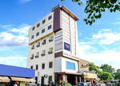 艾伯特路kk大陆法布酒店 - 阿姆利则 - 建筑