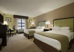巴尔的摩内港戴斯酒店 - 巴尔的摩 - 睡房