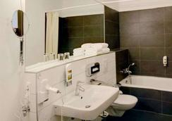 莱比锡皇家国际酒店 - 莱比锡 - 浴室