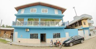 蓝色海滨旅馆 - 佩尼亚 - 建筑