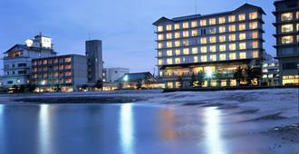 皆生海滨海之四季酒店 - 米子市