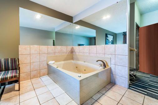 沃斯堡北速8酒店 - 沃思堡 - 浴室