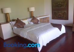 武吉瑟加拉别墅酒店 - 艾湄湾 - 睡房