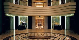 上海金茂君悦大酒店 - 上海 - 建筑