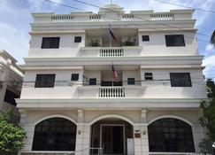 哈森得罗民营酒店 - 伊洛伊洛 - 建筑