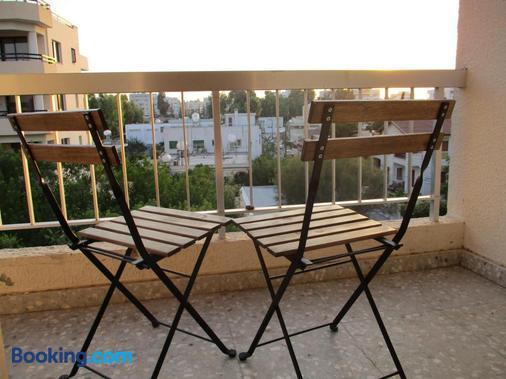 奥妮思罗斯酒店 - 拉纳卡 - 阳台