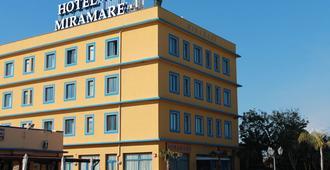 米拉马雷酒店 - 卡塔尼亚