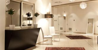 卡塔尼亚广场酒店 - 卡塔尼亚 - 柜台