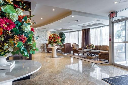 蒙地卡罗机场套房酒店 - 米西索加 - 大厅