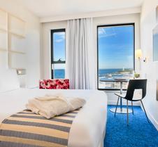 比亚里茨海滨总统美居酒店