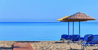 圣玛丽娜海滩温泉度假酒店 - 伊拉克里翁 - 海滩