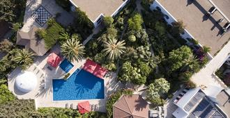 卡瑞亚普芮丝酒店 - 博德鲁姆 - 游泳池