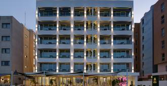 你好斯特里奥豪华酒店(仅限成人) - 拉纳卡 - 建筑