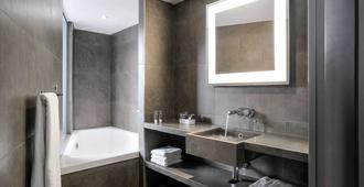 里昂康弗伦斯诺富特酒店 - 里昂 - 客厅