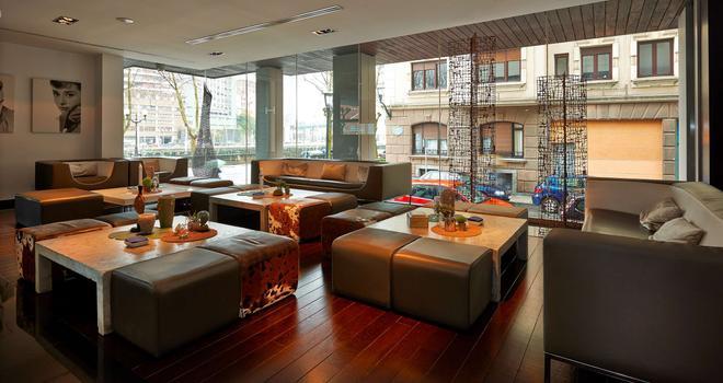 毕尔巴鄂霍斯波利亚酒店 - 毕尔巴鄂 - 休息厅