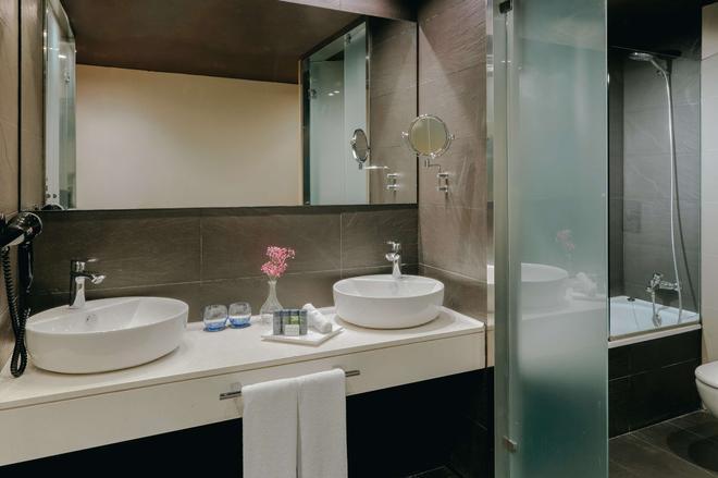 毕尔巴鄂霍斯波利亚酒店 - 毕尔巴鄂 - 浴室