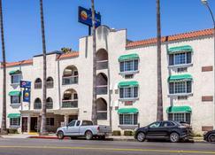 圣莫尼卡-西洛杉矶康福特茵酒店 - 圣莫尼卡 - 建筑