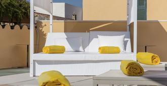 方达拉布里斯酒店 - 阿尔库迪亚 - 阳台