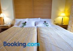 凯基斯酒店 - 卡兰巴卡 - 睡房