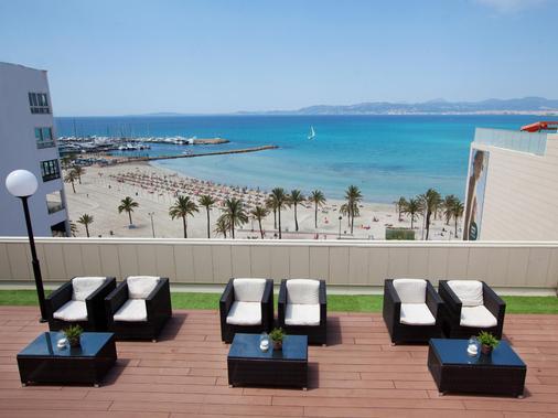 哇啦海滩酒店 - 埃尔阿雷纳尔 - 阳台