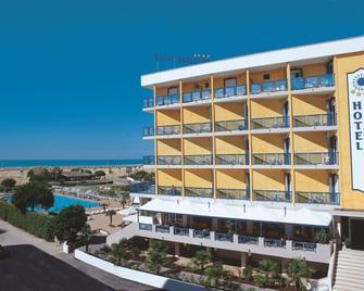 贝拉维酒店 - 比比翁 - 建筑