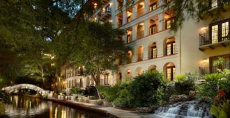 欧姆尼里奥大厦酒店 - 圣安东尼奥 - 建筑