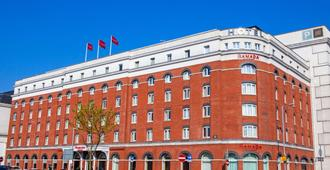 贝尔法斯特市中心温德姆华美达酒店 - 贝尔法斯特 - 建筑